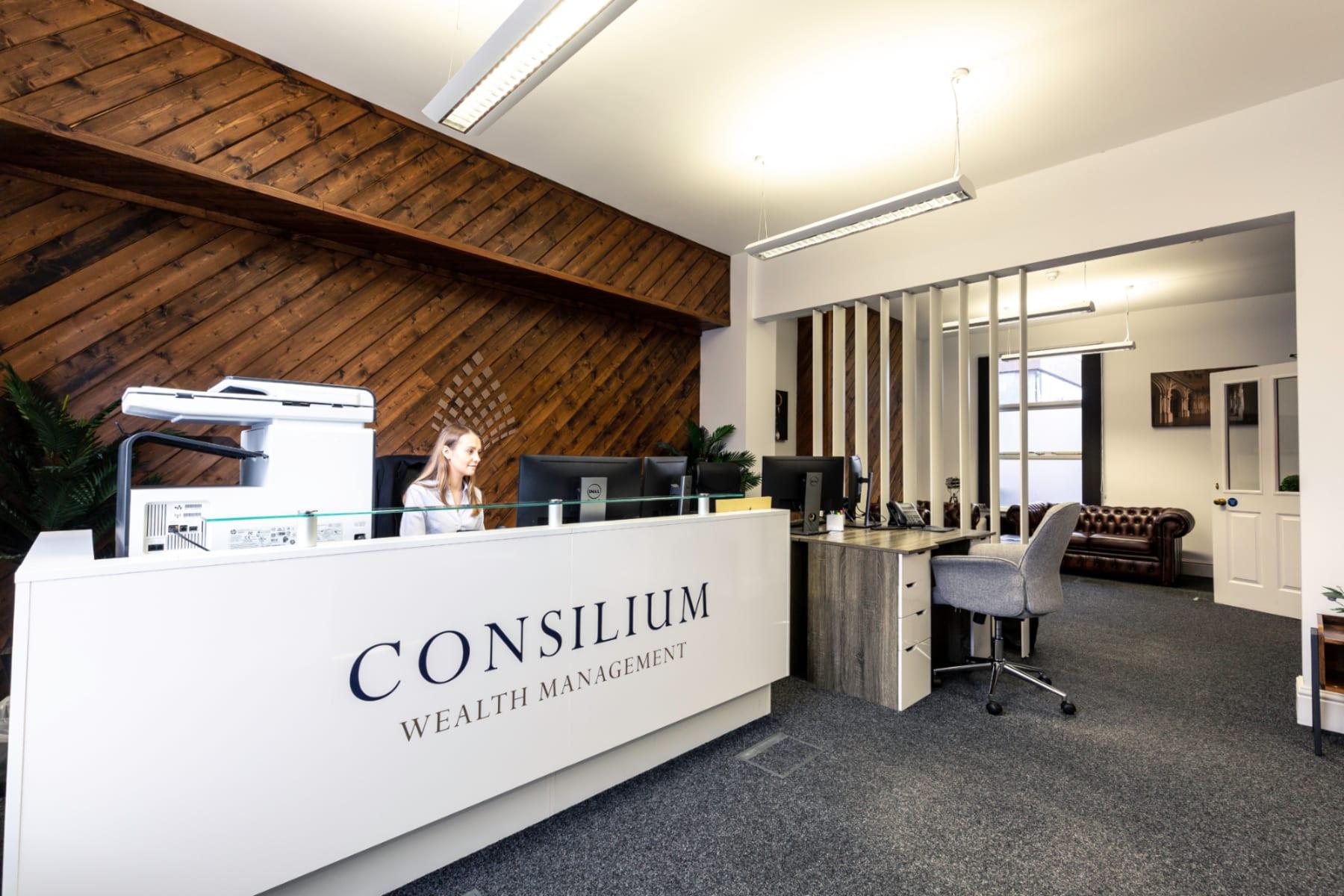 CONSILIUM Front Desk